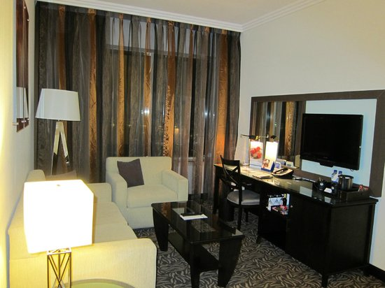 Towers Rotana: Room