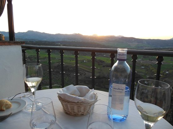 Hotel Montelirio: Dinner on the terrace