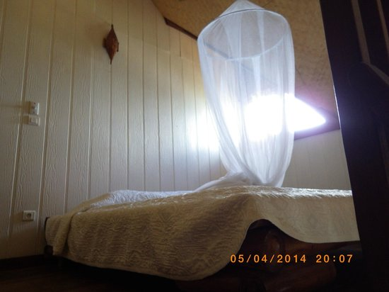 Hotel Fare Vaimoana: Chambre sur la mezzanine