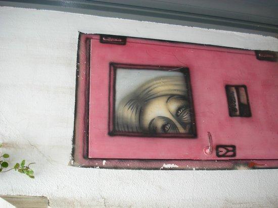 Aldea Hostel Cordoba: ACCESO A MI HABITACION