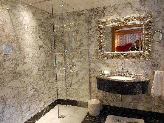 Hotel Miramonti : bagno