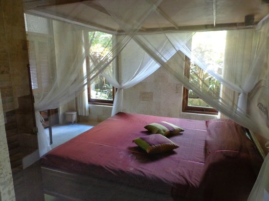 Guci Guesthouses: ground floor bedroom
