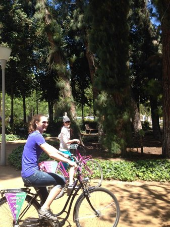 Malaga Bike Tours by Kay Farrell: botanical gardens
