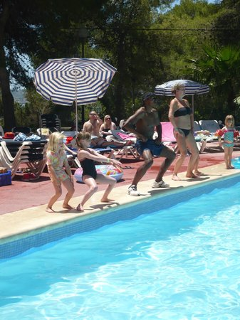 Fiesta Hotel Tanit : Round the pool fun!