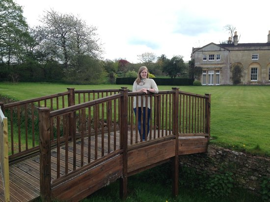 Harptree Court : Great British Bake off bridge