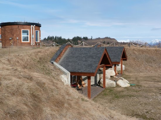 Kenai Peninsula Suites: the dens