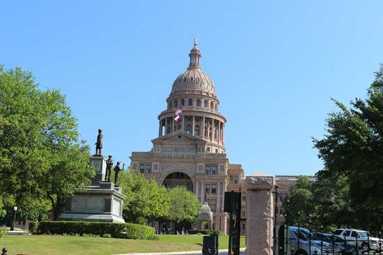 Texas State Capitol : capitol
