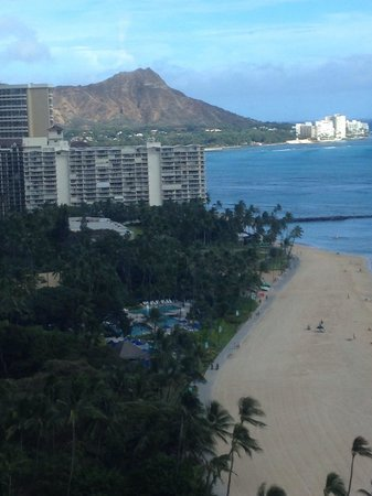 Hilton Grand Vacations at Hilton Hawaiian Village : View from 22nd floor