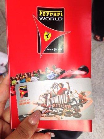 Ferrari World Abu Dhabi : билеты и карта- путеводитель по парку