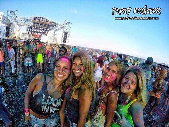 Party Rockers Cancun Color At Mandala Beach