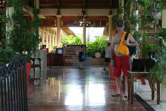 Meliá Caribe Tropical : Tropical Lobby
