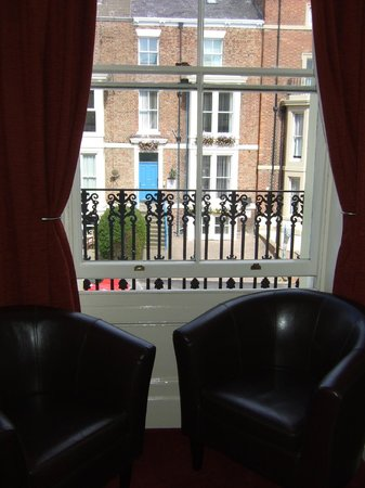 Arches Guesthouse: Easy Chairs and View