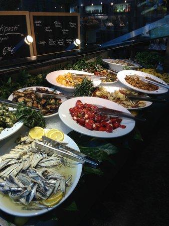 LeBuffet Berlin KaDeWe: seafood options