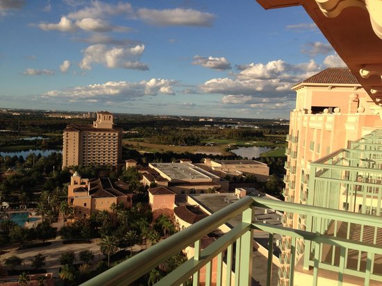 JW Marriott Orlando, Grande Lakes: View from Living Room Balcony