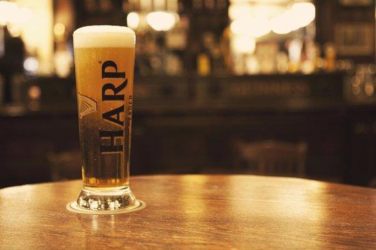 Dubh Linn Gate Irish Pub: Fresh, cold and poured as a true Imperial pint!