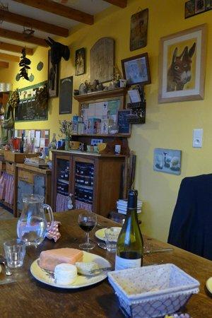 Les Mout'anes: salle à manger