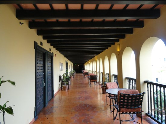 Hotel El Convento: Great Indoor / Outdoor Spaces