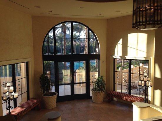 The Westin Lake Las Vegas Resort & Spa: Going to the pool