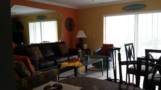 South Beach Condo/Hotel: Living area