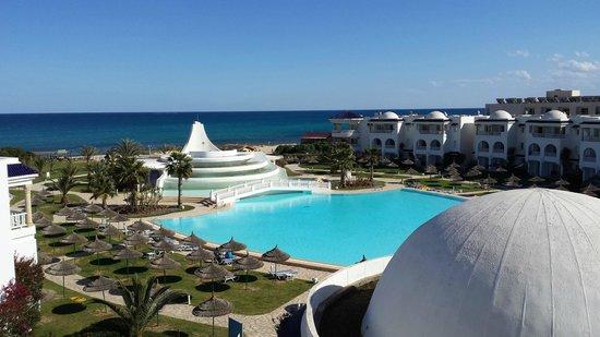 Golden Tulip Taj Sultan Resort : vistas habitación