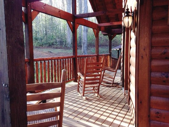 Elk Springs Resort: Porch.