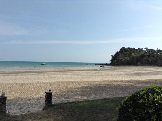 Twin Bay Resort : PLAYA