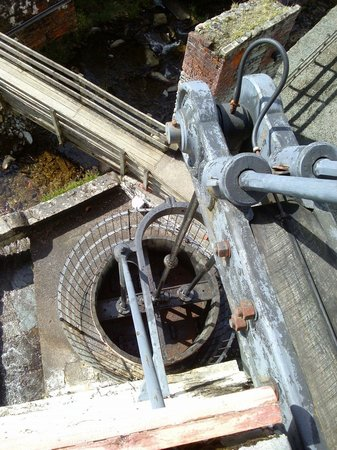 Laxey Wheel: Moving parts of the pump.