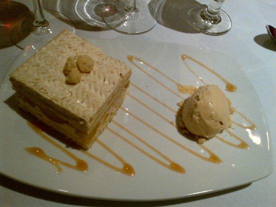 Blue Bell Inn: Dessert