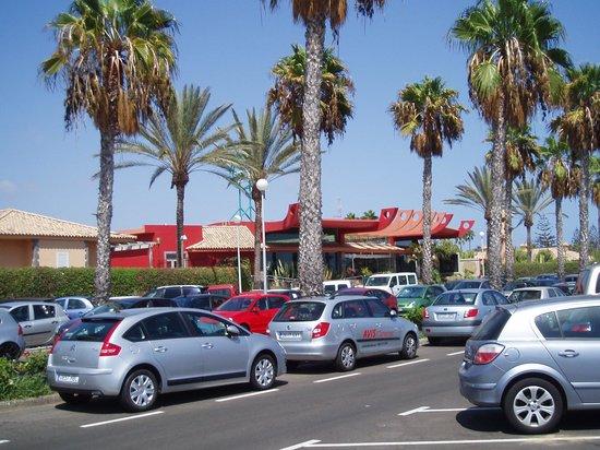 Hotel Dunas Suites and Villas Resort: parking