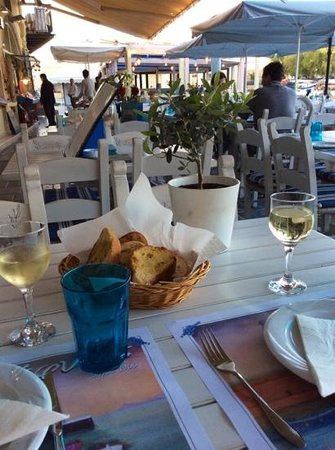 Zefyros Family Fish Taverna: welcome drink