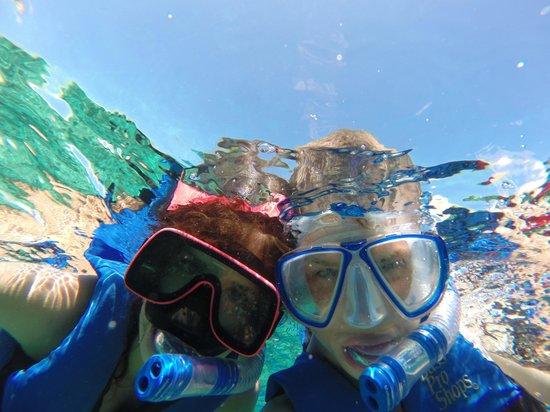 Bahama Boat Tours: Kids Snorkel Selfie