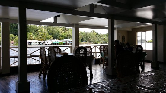ESA Bay View Hotel: wonderful view as you eat in the restaurant.