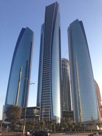 Jumeirah at Etihad Towers : Отель