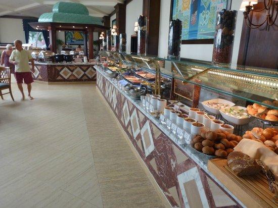 Baron Resort Sharm El Sheikh: main buffet restaurant