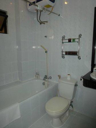 Thuy Anh Hotel : baño