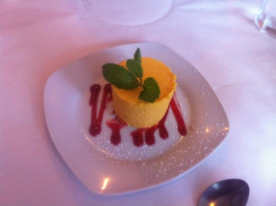 Max's Grill: Mango mousse - one of Max's signature desserts
