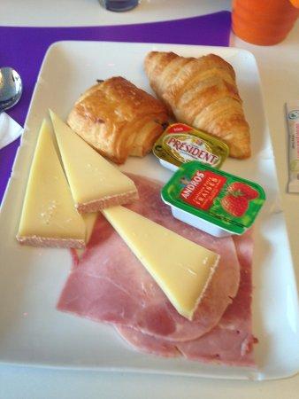 Ibis Styles Lille Centre Gare Beffroi: Breakfast