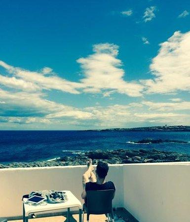 Hotel Roca Bella: terraza de la habitacion