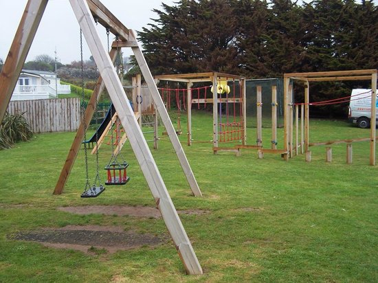 Praa Sands Holiday Park: Play area