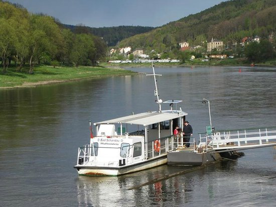 Saxon Switzerland National Park: Another small ferry by the Elbe