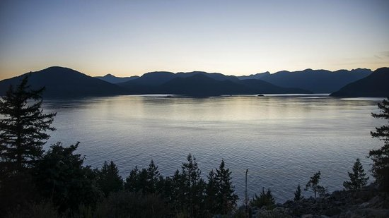 Sea to Sky Highway: Howe Sound during sunset