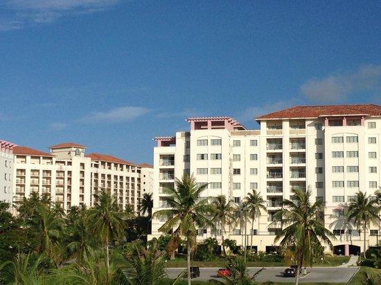 Leo Palace Resort: hotel