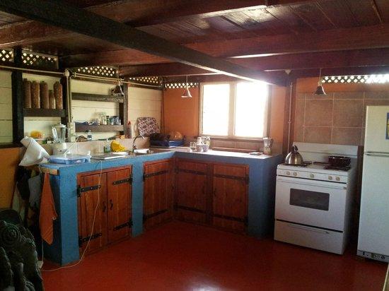 Auriga Ecolodge: Kitchen