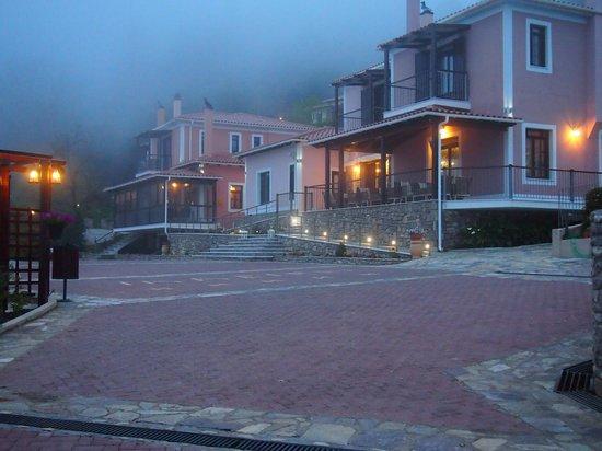 Ilaeira Mountain Resort: reception and breakfast area