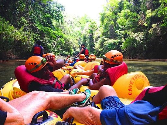 Cave Tubing with Vitalino Reyes: Our tour group!
