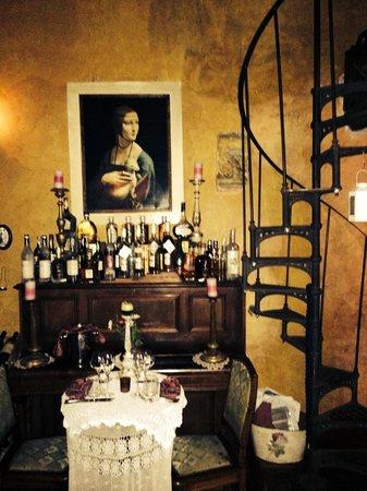 The Library Romantic : Bellisimo