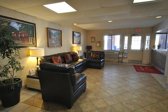 Econo Lodge Harpers Ferry: Lobby