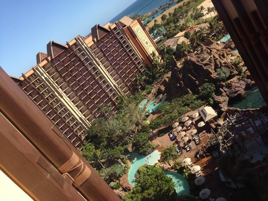 Aulani, a Disney Resort & Spa: Take an elevator to the 16th floor for cool views of the property