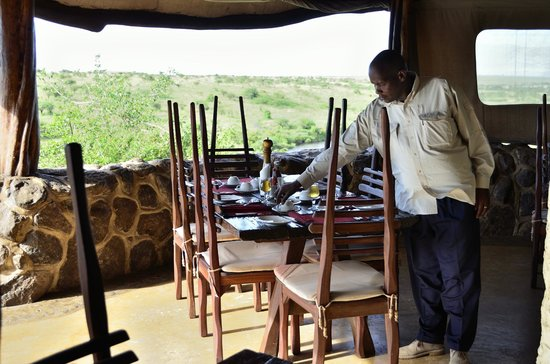 Amani Mara Camp: Breakfast with a view..