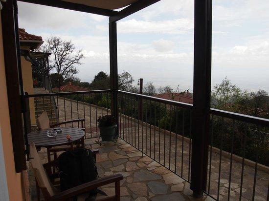 Ilaeira Mountain Resort: the balcony